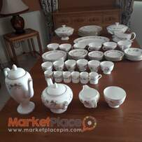 Wedgewood bone china made in England 66 piece .Marabelle